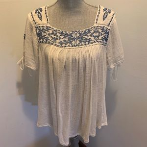 🍀 Lucky Brand Embroidered Boho Flowy top M